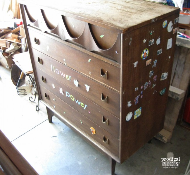 Broyhill brasilia loses its flower power prodigal pieces for Broyhill american era bedroom furniture