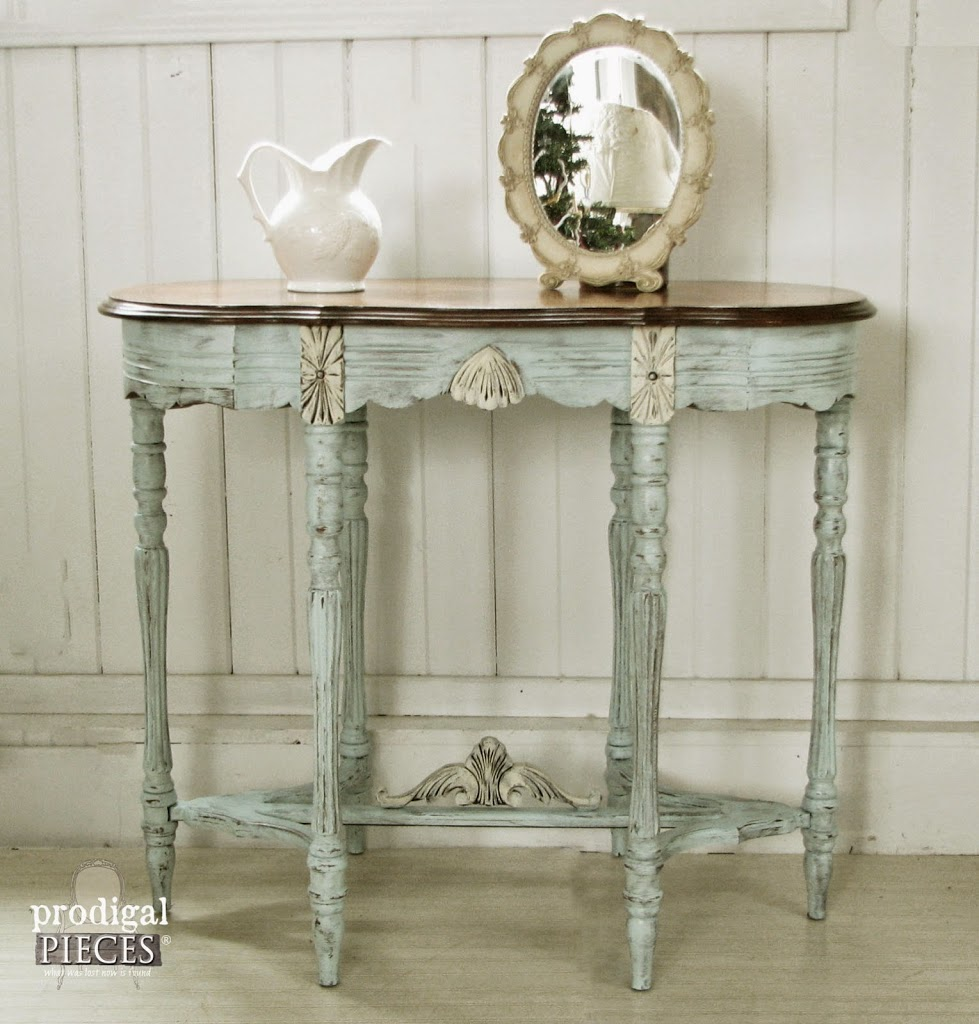 Antique Vintage Side Entry Table Gets an Aqua Blue Facelift by Prodigal Pieces www.prodigalpieces.com #prodigalpieces