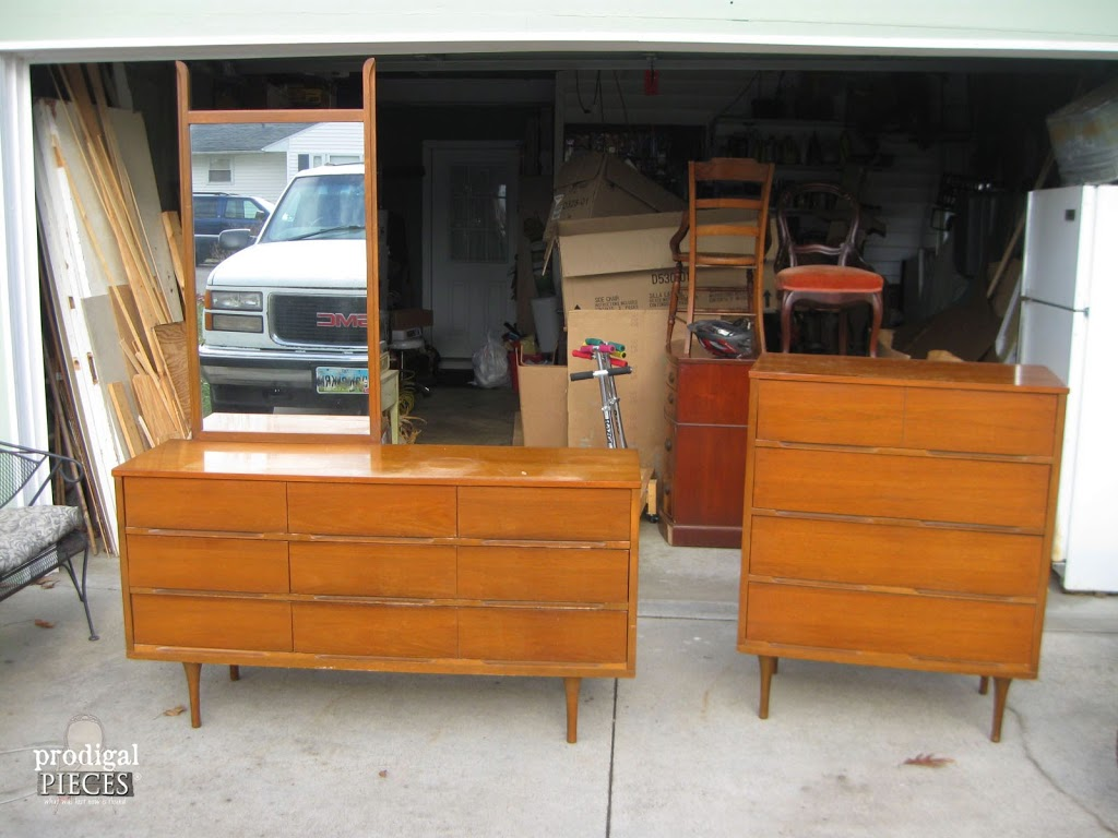 Vintage Mcm Mid Century Modern Dresser Set From Craigslist Gets Blue Makeover By Prodigal Pieces Www
