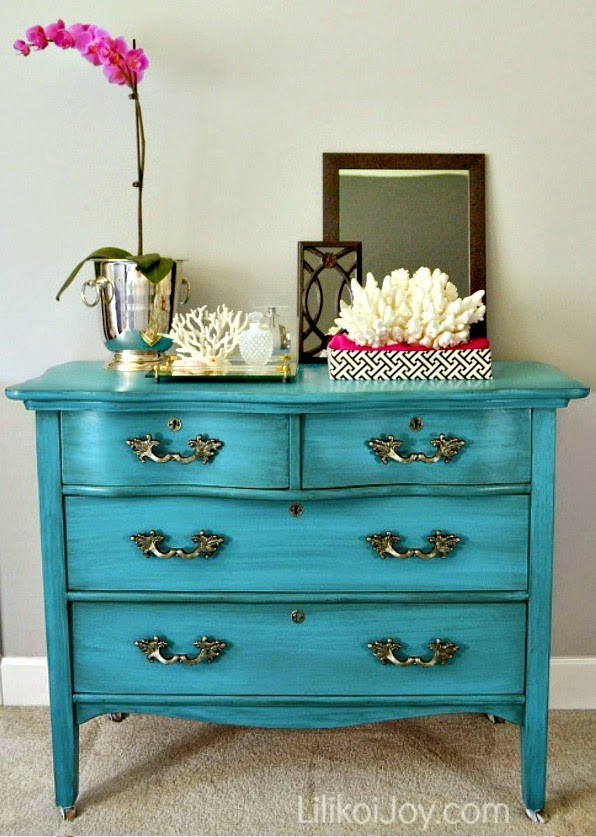 Genial Antique Serpentine Dresser Gets Much Needed Furniture Makeover For Baby  With Inspiration By A Blue Beauty