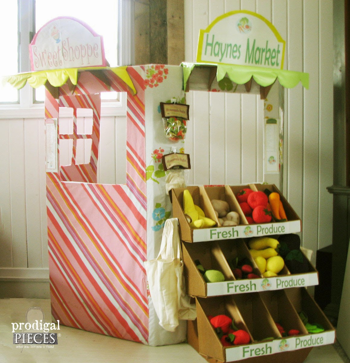 Handmade Holidays: Cardboard & Wool Felt Farmers Market & Sweet Shoppe Play Set by Prodigal Pieces www.prodigalpieces.com #prodigalpieces