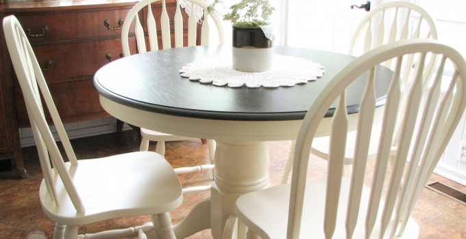 A Farmhouse Table Makeover :: Project Challenge