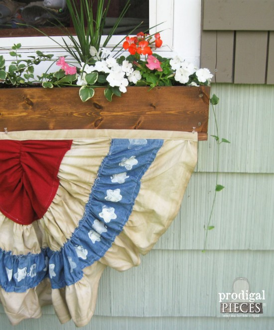 DIY Patriotic Fourth of July Bunting made from Thrifted Fabric - Celebrate Independance Day Thrifted Style by Prodigal Pieces www.prodigalpieces.com #prodigalpieces