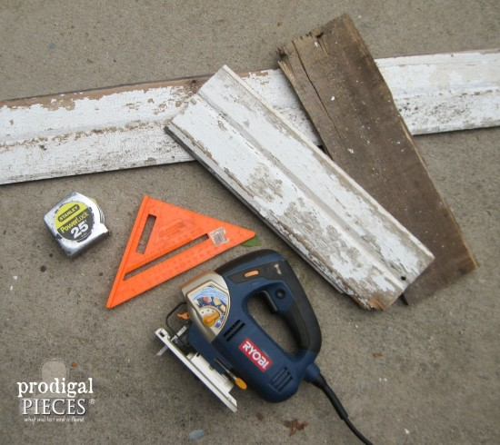 Want to create rustic decor for the fall season? You can create this DIY harvest sign with only one power tool and this tutorial by Prodigal Pieces www.prodigalpieces.com #prodigalpieces