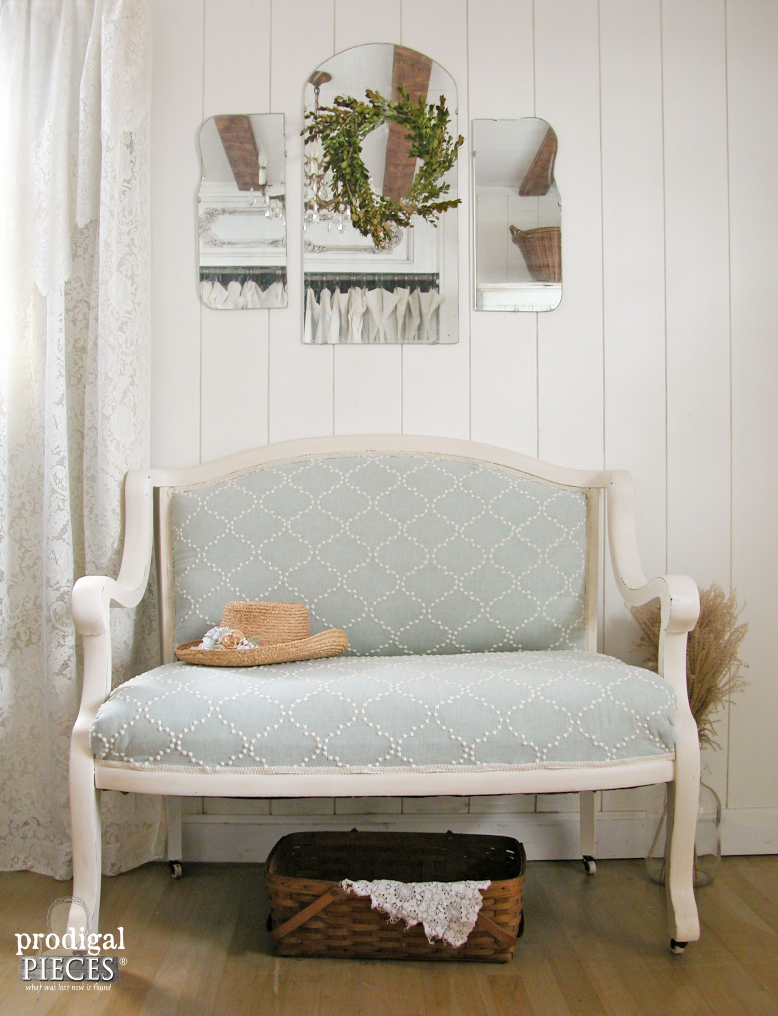 Curbside Antique Settee Makeover | Prodigal Pieces | www.prodigalpieces.com