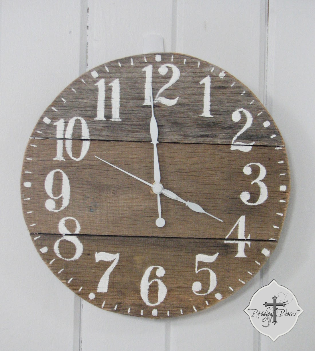Hand-painted Pallet Clock via Prodigal Pieces