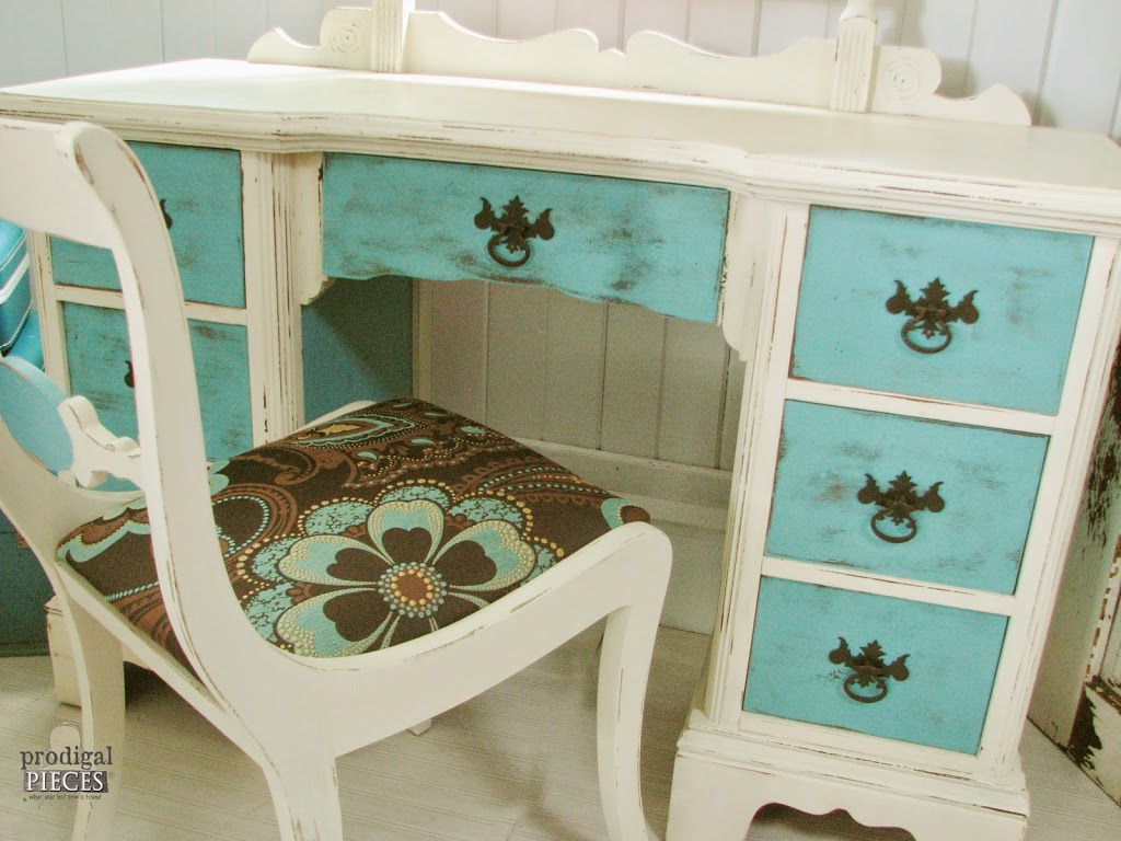 The Ugly Duckling Dressing Table Makeover by Prodigal Pieces  http://www.prodigalpieces.com