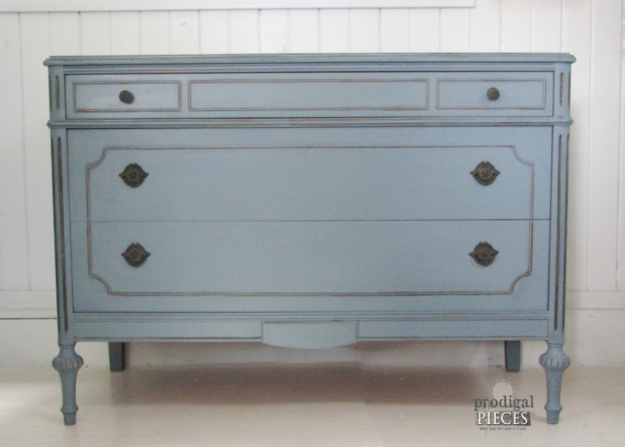 An Antique Desk Makeover by Prodigal Pieces www.prodigalpieces.com #prodigalpieces