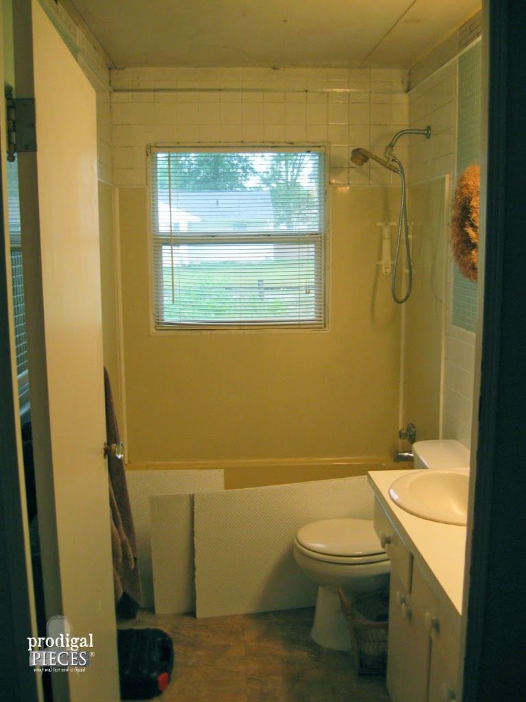 Outdated Bathroom Remodel | Prodigal Pieces | www.prodigalpieces.com