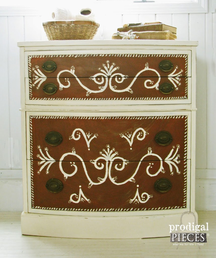 DIY :: How to Repair Thrift Store Furniture with Polymer Clay by Prodigal Pieces www.prodigalpieces.com #prodigalpieces