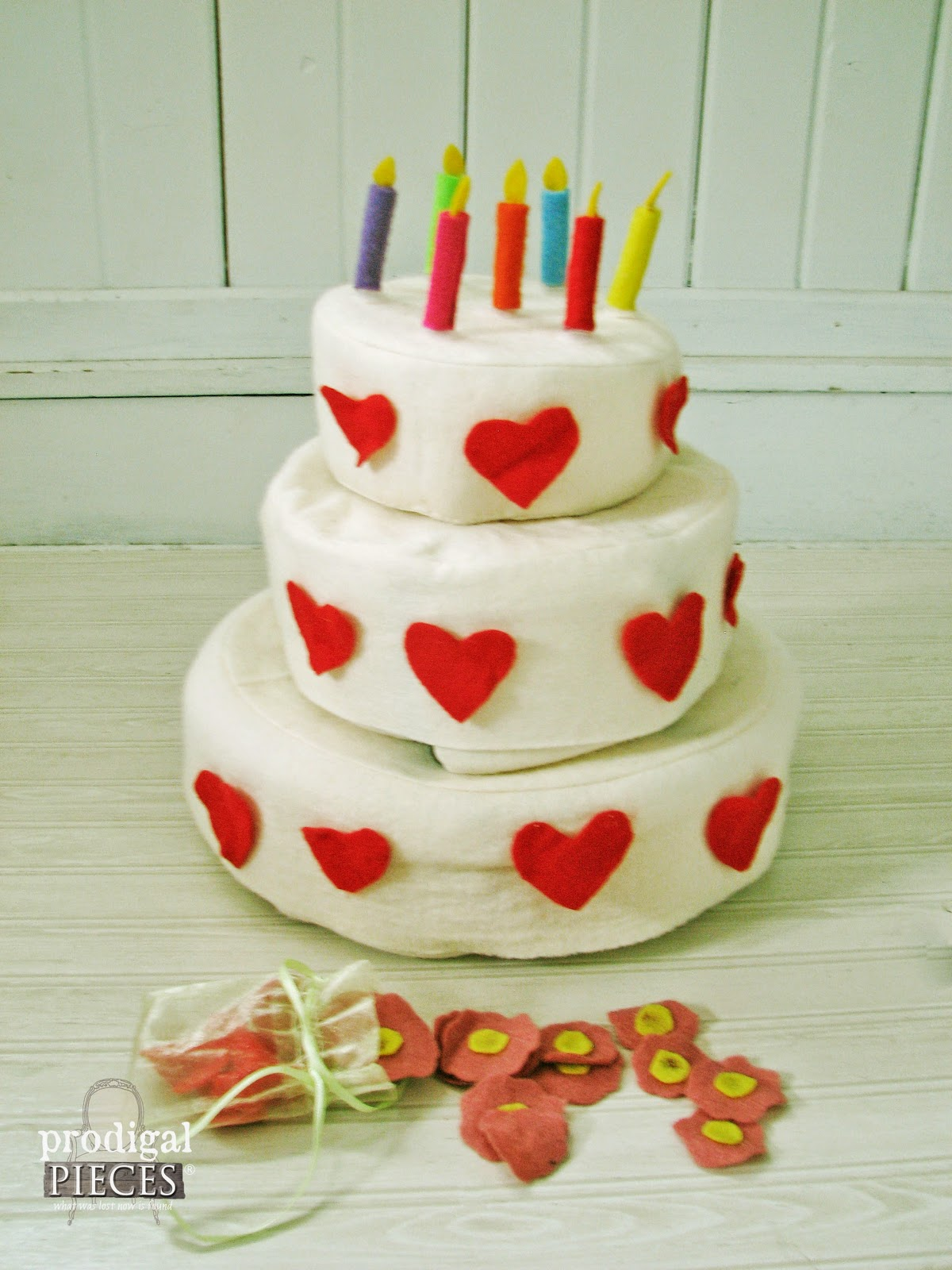 Handmade Holidays: Wool Felt Triple Layer Cake Play Set by Prodigal Pieces www.prodigalpieces.com #prodigalpieces