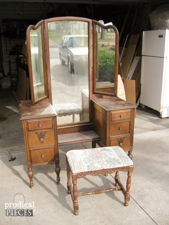 An Antique Vanity Transformation By Prodigal Pieces Www Prodigalpieces