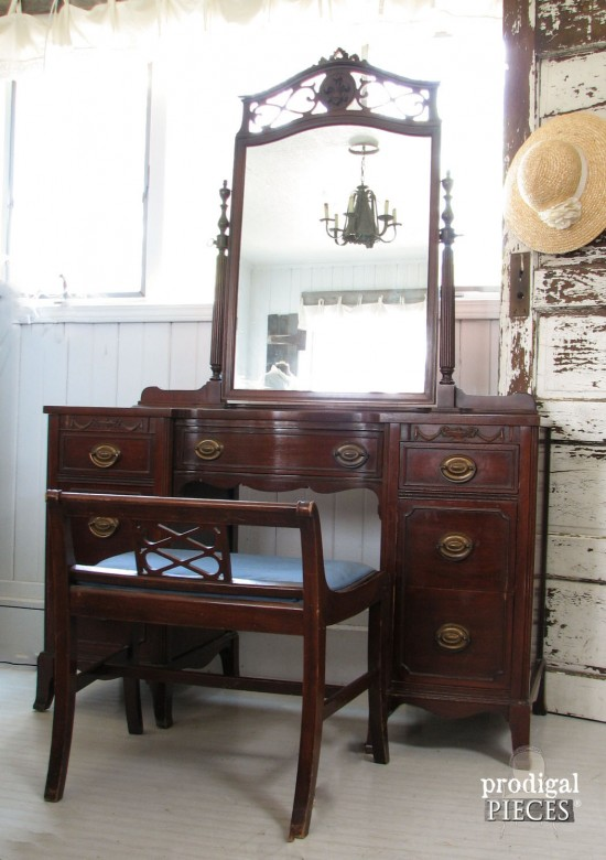 16 Amazing Vanity Makeovers From Art Deco To Antique   A Must See! By  Prodigal