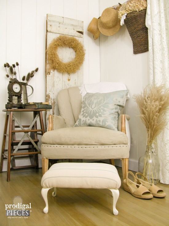 Prairie Style Footstool and Room Decor | Prodigal Pieces | www.prodigalpieces.com