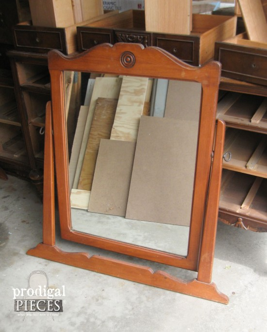 Free Dresser Mirror Makes Match for Antique Vanity | Prodigal Pieces | www.prodigalpieces.com