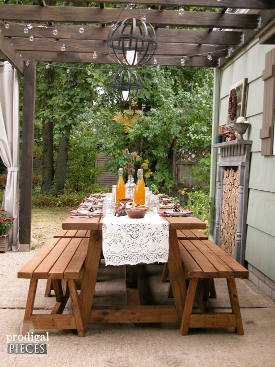 DIY farmhouse harvest table for patios and outdoor dining | Prodigal Pieces | www.prodigalpieces.com