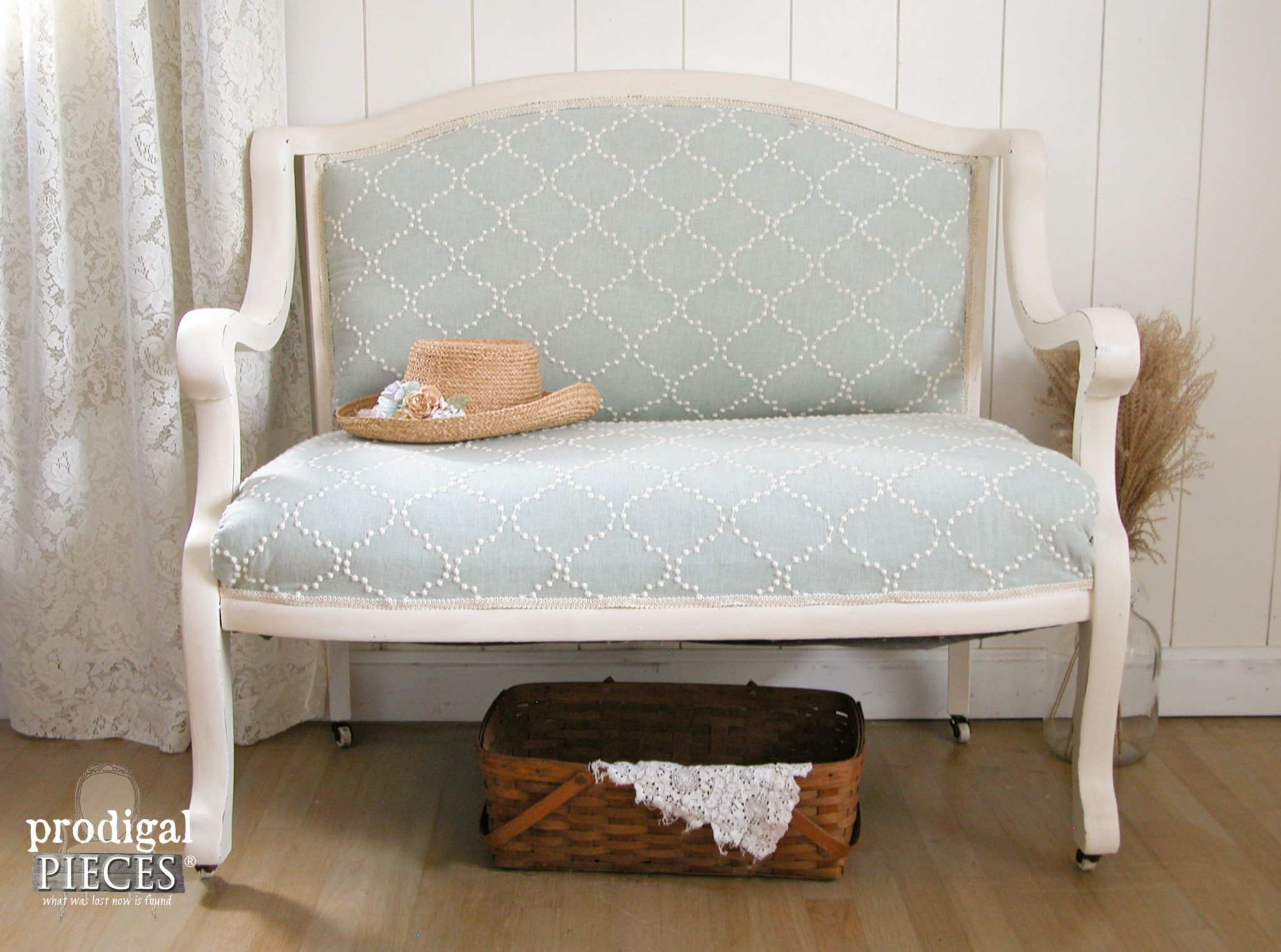 Makeover of an Antique Settee | Prodigal Pieces | www.prodigalpieces.com